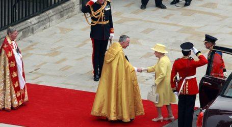 Reina convocó reunión para discutir desición de separarse de Harry y Meghan