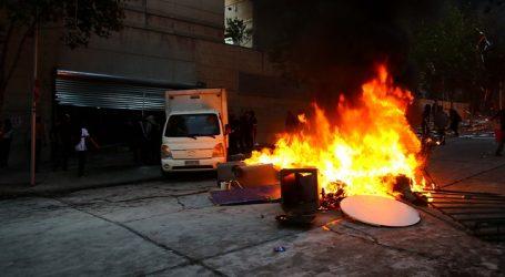 Incendio afecta a la iglesia San Francisco de Borja en Santiago
