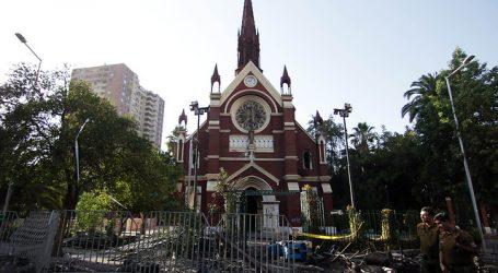 Detienen a un sujeto acusado de provocar incendio en iglesia de Carabineros