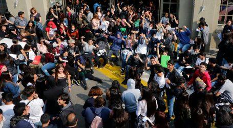 """ACES respondió al Gobierno: """"34 querellas no van a parar la movilización"""""""