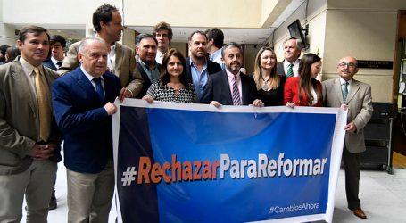 Nueva Constitución: 21 diputados de RN anunciaron que votarán en contra