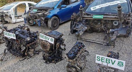 Carabineros desarticuló taller clandestino donde desarmaban vehículos lujosos