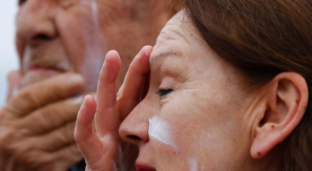 Lanzan campaña para el cuidado de la de piel en playas de Viña del Mar