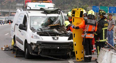 Hombre murió tras chocar su vehículo contra un camión en la comuna de Renca