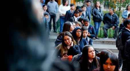 Más de 850 colegios iniciarán sus clases a partir de mañana lunes en Santiago