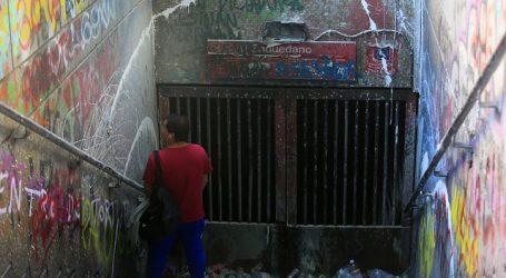 Sindicatos exigen sacar definitivamente la comisaría de estación Baquedano