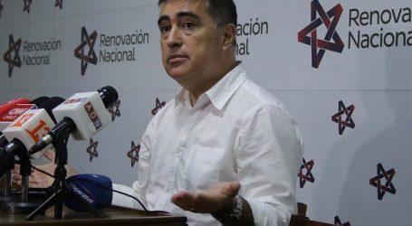 14 mil militantes han renunciado a partidos políticos tras estallido social