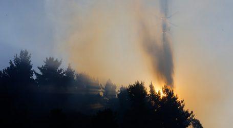Reportan incendio cercano a viviendas en Talcahuano