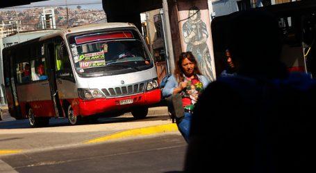 Microbuseros calificaron como un éxito paro de advertencia en Valparaíso