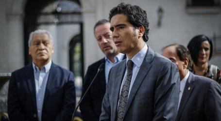 """Ministro Briones y hechos de violencia: """"La democracia está bajo amenaza"""""""
