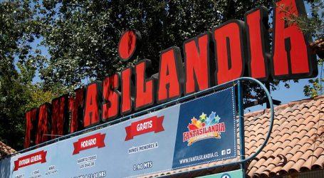 Personas quedan suspendidas a más de 40 mts de altura en juego de Fantasilandia