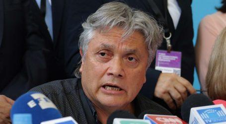 Navarro criticó al Presidente Piñera por no decretar cuarentena nacional
