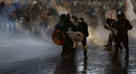 Gobierno invoca Ley Antibarricadas contra 44 detenidos en Plaza Italia