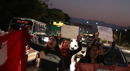 """Barricadas y movilizaciones marcan este """"Súper Lunes"""" en la región Metropolitana"""
