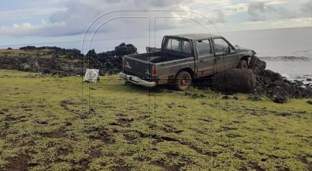 Prohíben acercarse al Parque Nacional al hombre que colisionó a moai