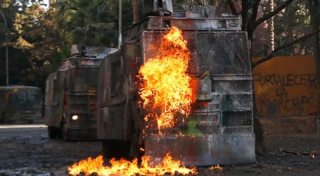 Vehículo de Carabineros atropelló a un peatón en el sector de Plaza Italia