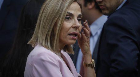 Isabel Plá renuncia a su cargo como ministra de la Mujer