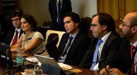 Briones cuestiona rechazo a indicaciones a la Ley de Ingreso Mínimo Garantizado