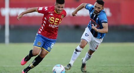 Unión Española y Huachipato igualaron en 'guerra de goles' en el Santa Laura