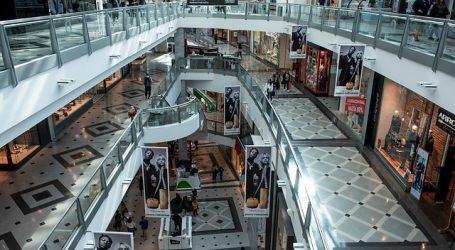 Centros Comerciales registran poca afluencia de usuarios este lunes
