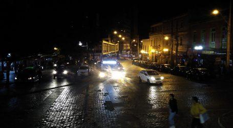 COVID-19: Concretan cierres de diversos locales comerciales en Valparaíso