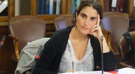 Ministra Zaldívar defendió el dictamen de la Dirección del Trabajo
