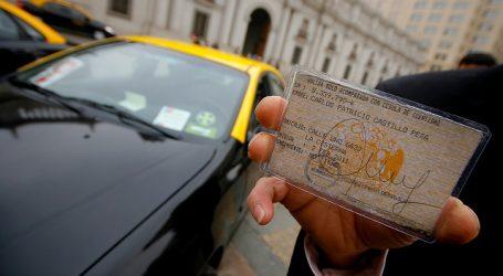 Aprueban prorrogar vigencia de licencias de conducir por Covid-19