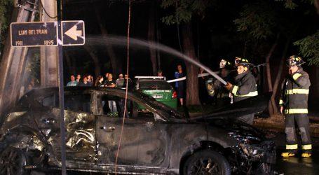 Dos hombres murieron tras chocar e incendiarse su automóvil en La Pintana