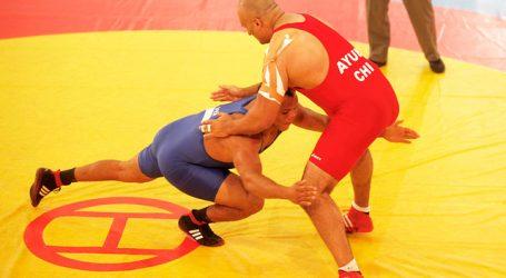 Lucha: Yasmani Acosta clasificó a los JJ.OO. de Tokio
