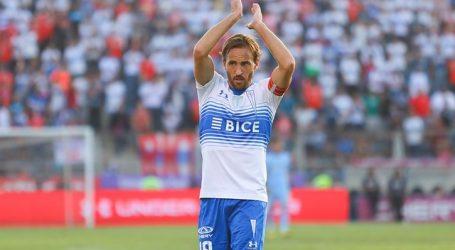 José Pedro Fuenzalida está entre renovar con la UC o jugar en la MLS