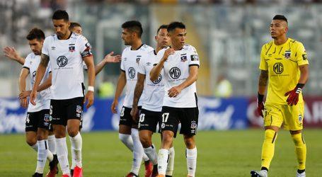 Blanco y Negro analiza rebajar los sueldos del primer equipo de Colo Colo