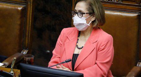 Presidenta de Senado solicita incorporación de enfermeras a Mesa Social COVID-19