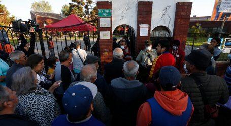 Largas filas y aglomeraciones para pagar permisos se ven aún este miércoles