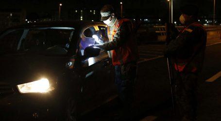 """Carabineros reporta 353 """"conducidos"""" en última jornada de toque de queda"""