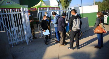 Largas filas se registraron en comisarías de El Bosque y San Bernardo