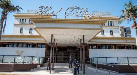 Senador Girardi planteó reconvertir hoteles en recintos sanitarios