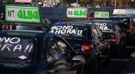 DC llamó al Gobierno a establecer mecanismo de salvataje para taxis colectivos