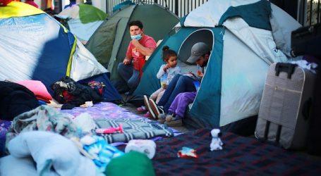 Canciller Ribera abordó situación de venezolanos acampando en Providencia
