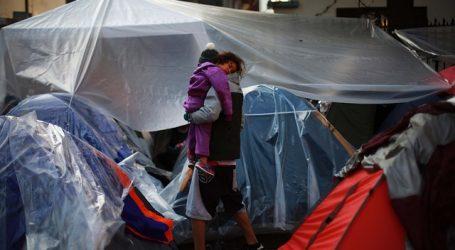 Habilitan albergue para ciudadanos venezolanos acampando en Providencia
