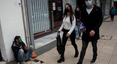 COVID-19: 15% de contagiados sigue saliendo a trabajar en Chile