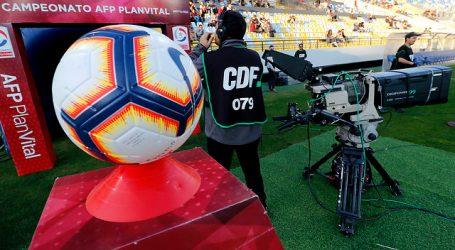 Clubes chilenos están preocupados por retraso de cuota del CDF