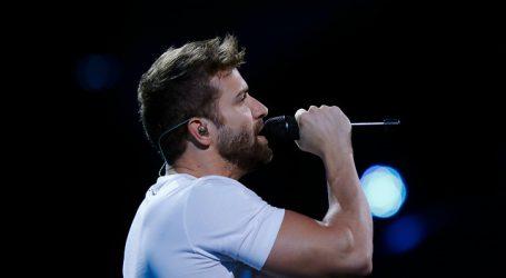 El cantautor español Pablo Alborán revela su homosexualidad