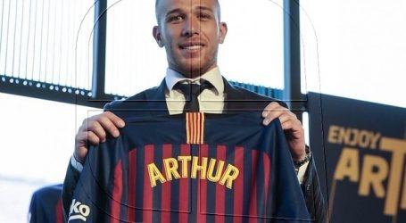 """Quique Setién: """"El club no me ha comunicado que Arthur se vaya"""""""