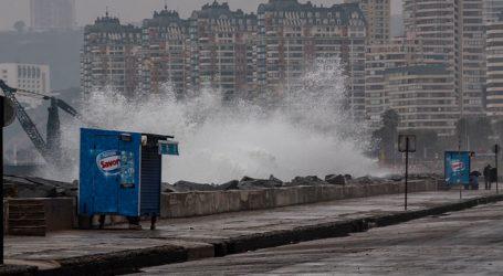 Anuncian marejadas anormales en el borde costero entre Arica y Aysén