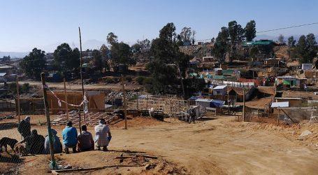 Barricadas en troncal sur por intento de desalojo de toma en Quilpué