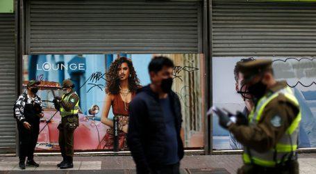 Fiscalización en Santiago centro dejó decenas de detenidos por violar cuarentena