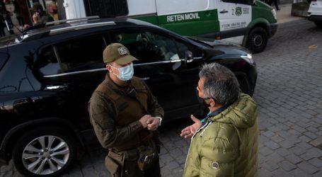 Formalizan a dos hombres por transitar con salvoconductos falsos en Valdivia