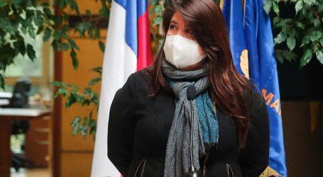 Diputada Mix abordó situación de personas con VIH en reunión con ministro Paris