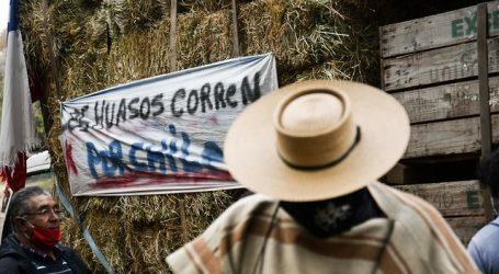 """""""Los huasos corren por Chile"""" llevan 100 toneladas de alimentos a Valparaíso"""