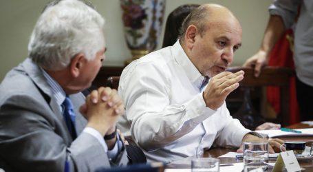 """Castro por plan de desconfinamiento: """"Gobierno busca complacer al empresariado"""""""
